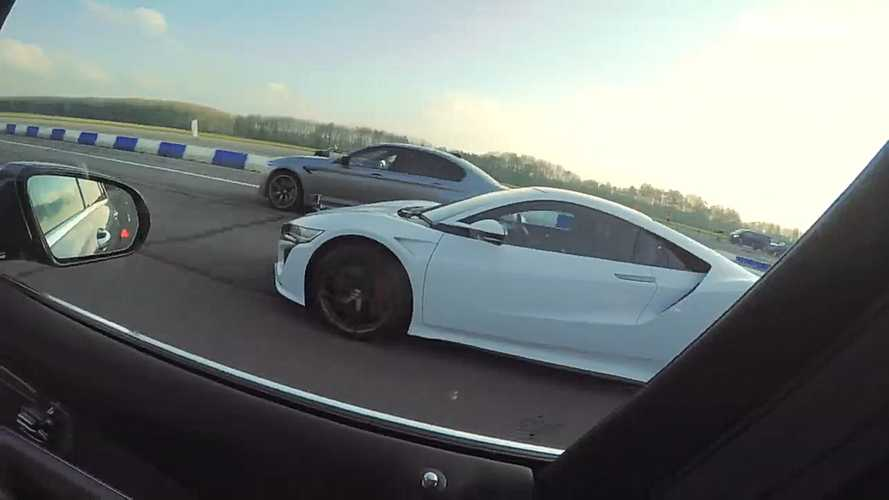 Une Honda NSX face à une BMW M5 et une Mercedes-AMG E 63 S