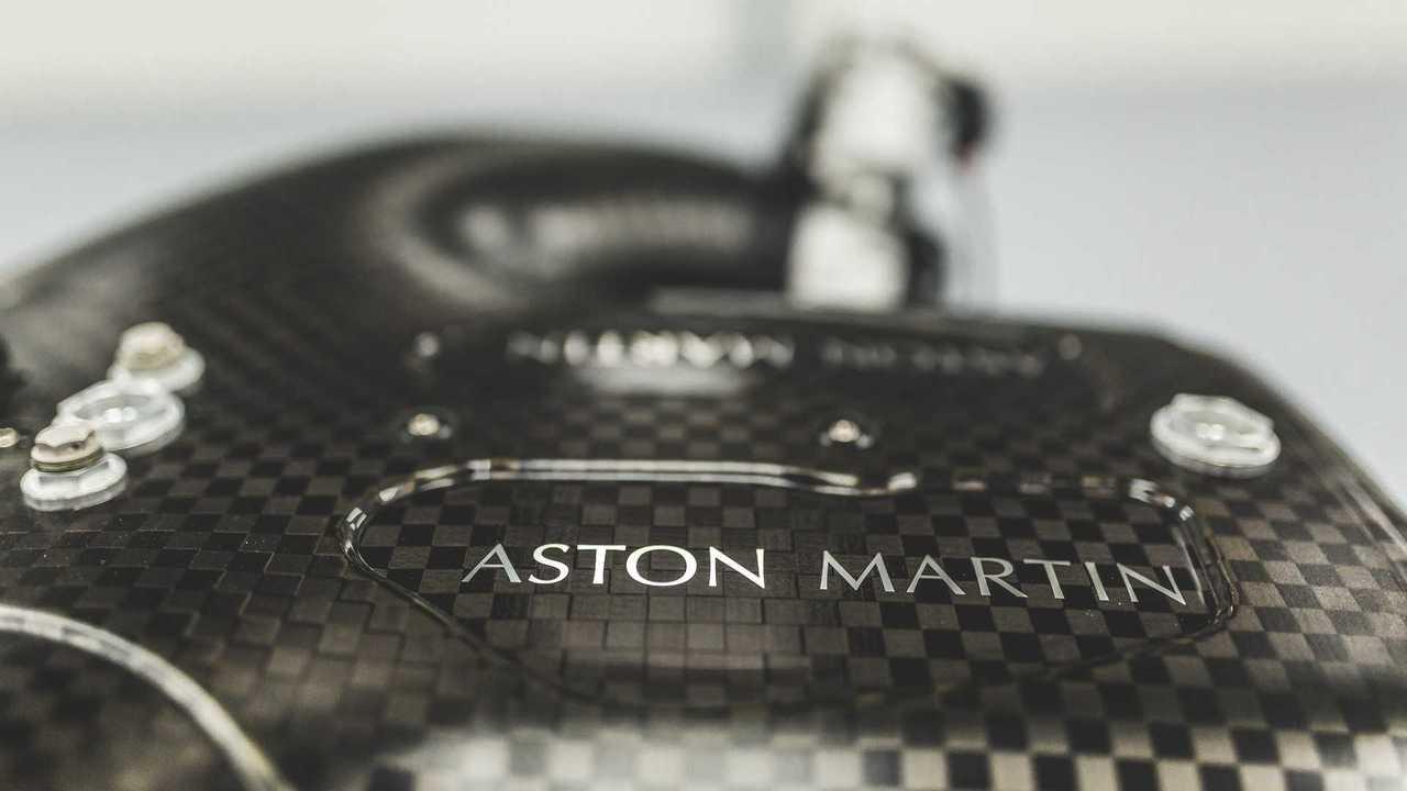 Aston Martin Valkyrie moteur V12 Cosworth
