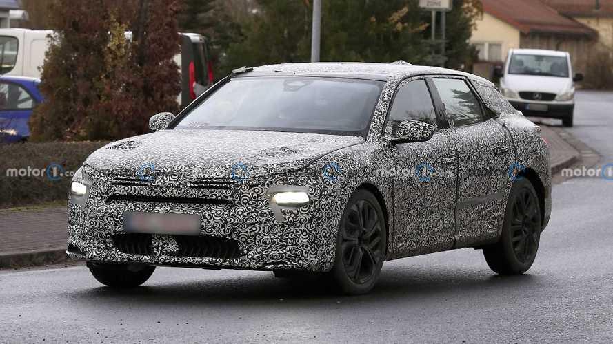Flagra: Novo Citroën C5 2021 promete se reinventar como crossover