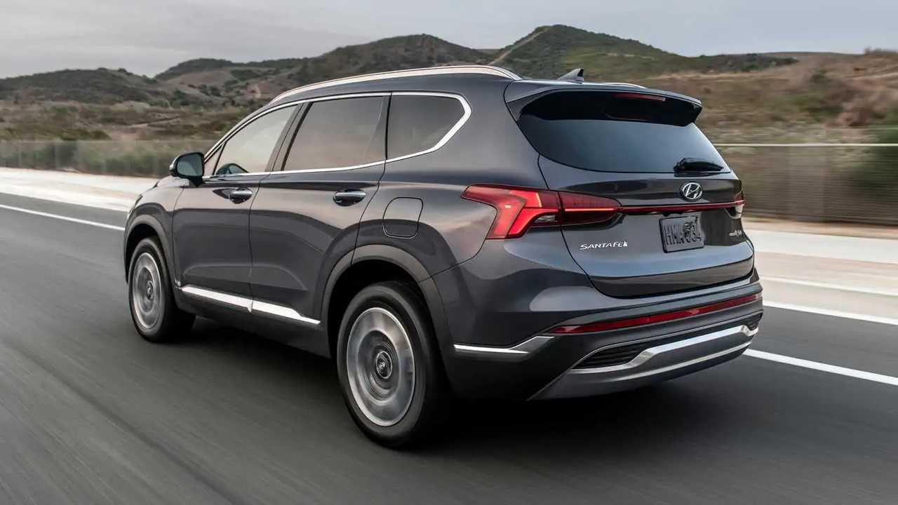 Bagian belakang eksterior Hyundai Santa Fe 2021.