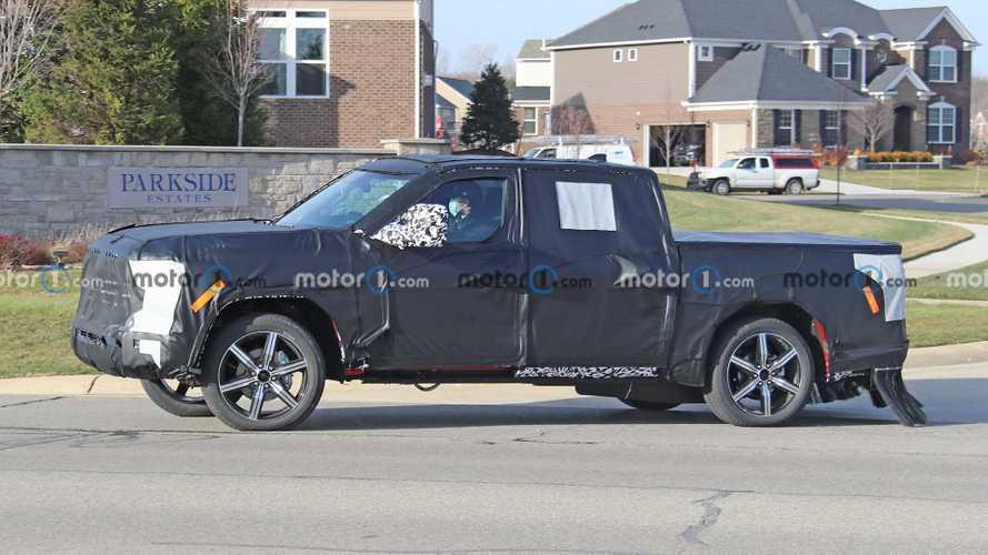 Toyota Tundra, Lincoln Navigator ile birlikte kadrajlara takıldı