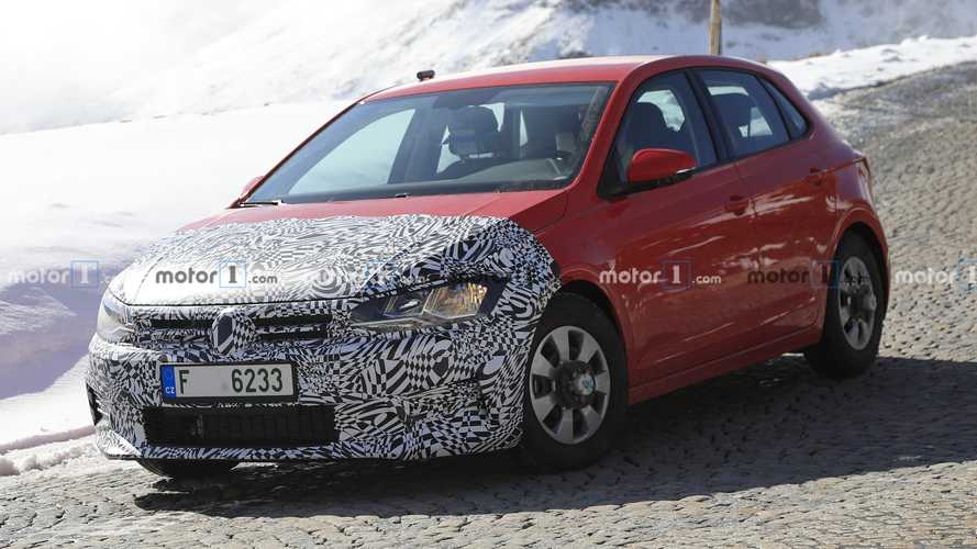 Next-gen Skoda Fabia early mule spied disguised as VW Polo