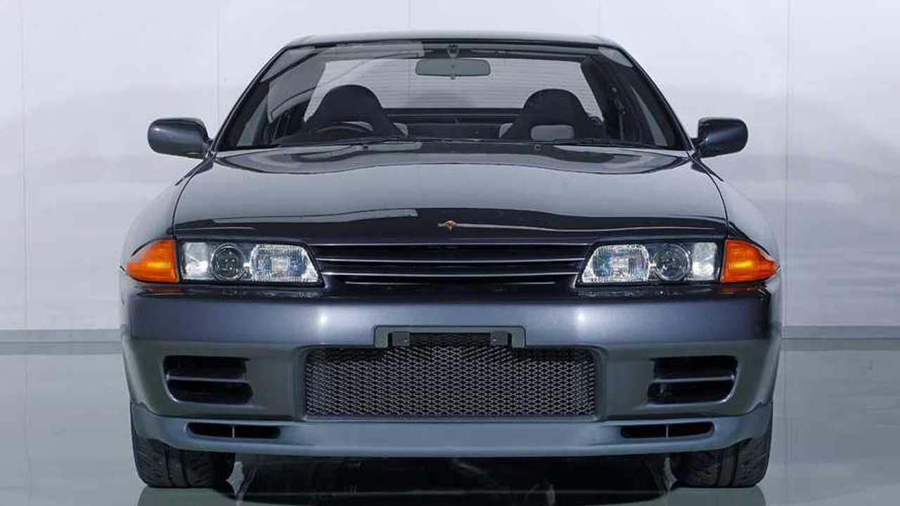 NissanSkylineGTR-R32-NISMORestoredCar-04a
