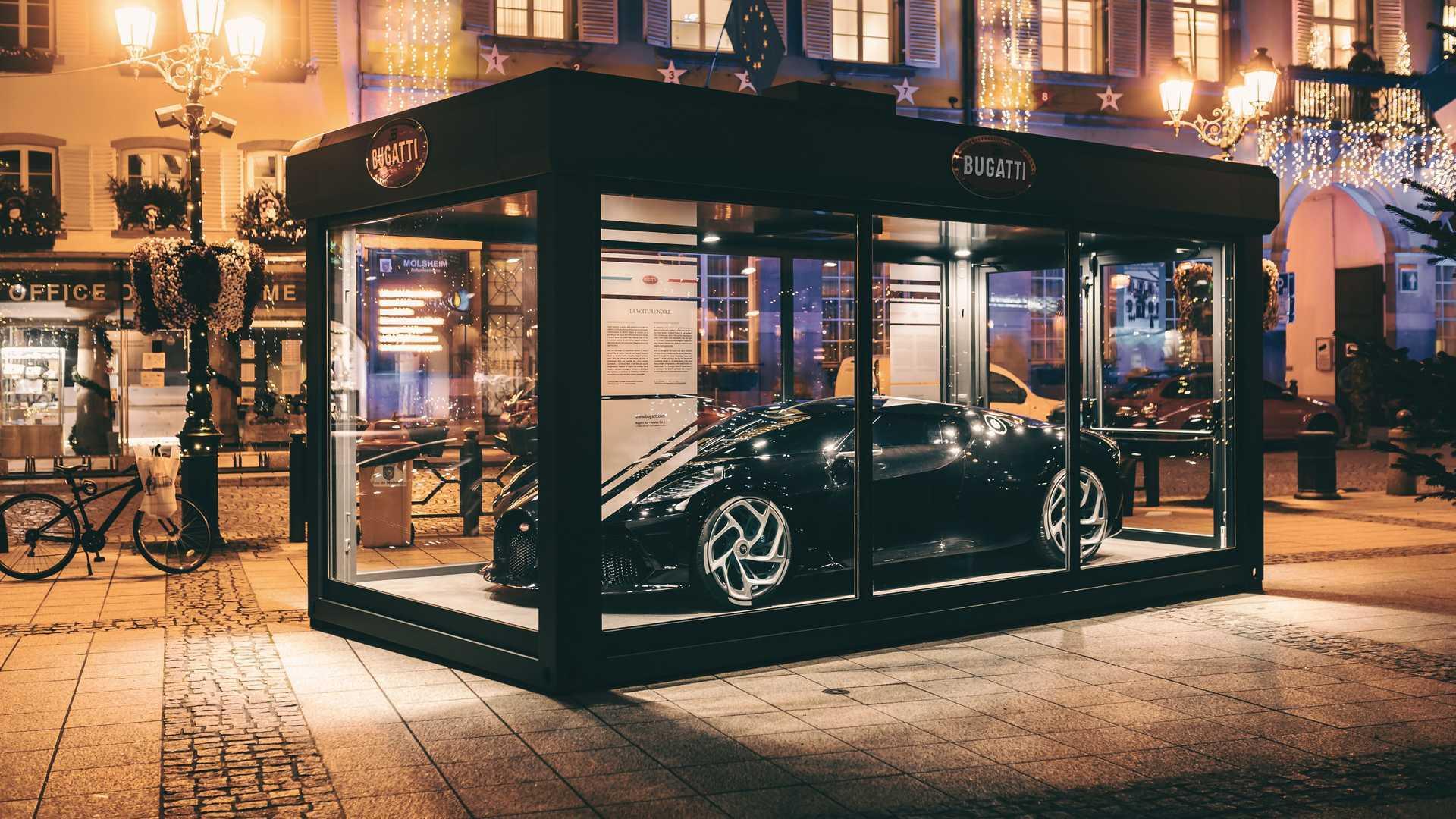 Bugatti La Voiture Noire Becomes The Ultimate Christmas Decoration