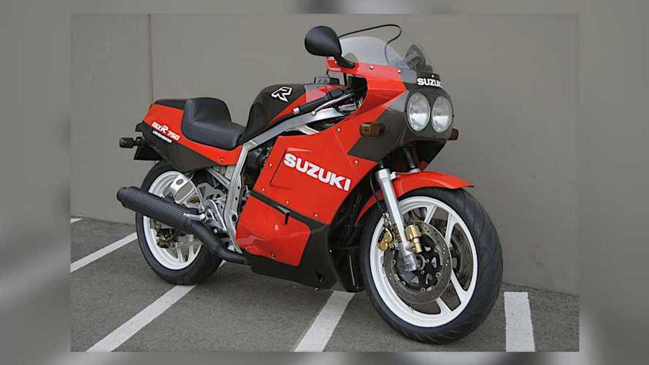 1986 Suzuki GSXR750 Limited Edition Right Side
