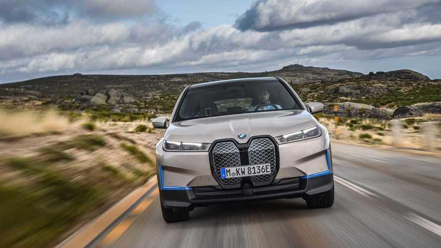 Выпуск BMW iX задерживается на несколько месяцев