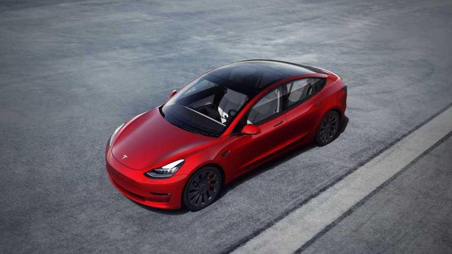 Tovább javul a Tesla Model 3 hatótávolsága