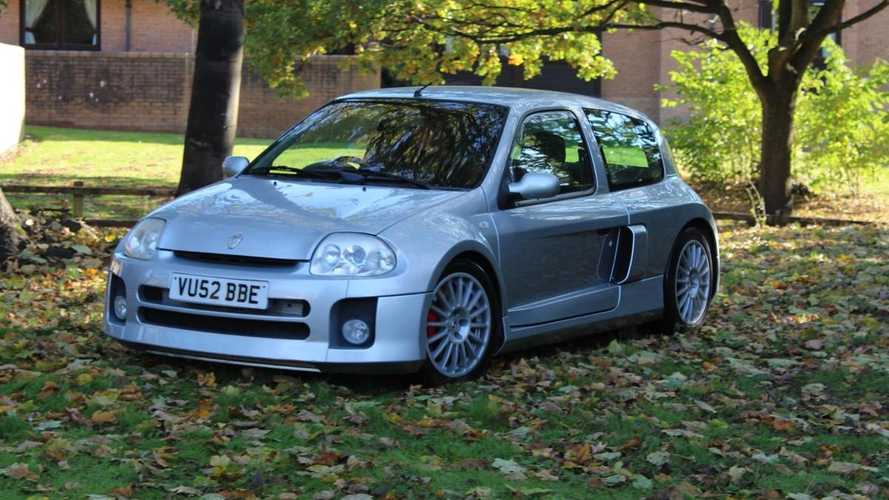 Renault Clio V6 for sale: The mid-engined hot hatch