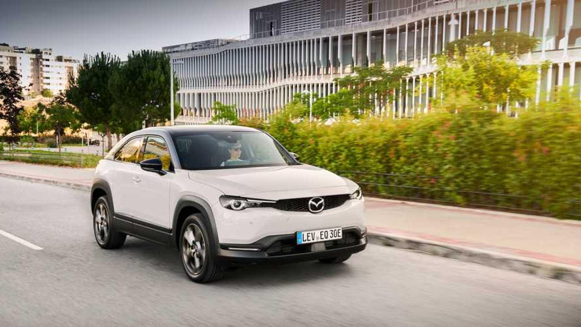 Primera prueba Mazda MX-30 2020: un SUV compacto, adaptado a la ciudad
