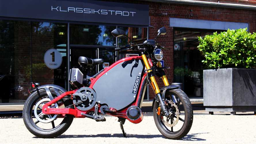 eRockit: 90 km/h schnelles Elektromotorrad mit Pedalen zum Treten
