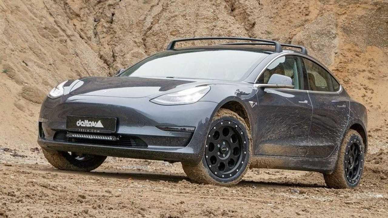 Tesla Model 3 con kit offoroad della tedesca Delta4x4