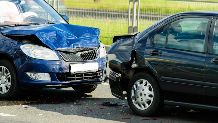 'Crash for cash' fraudulent car collision claims on the rise