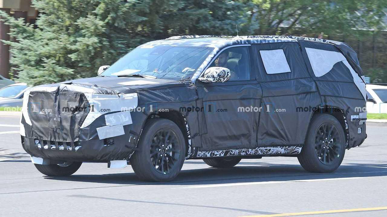 2022 Jeep Grand Cherokee Spied