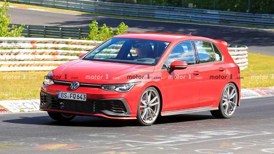 VW Golf 8 GTI TCR (2020) testet hart auf der Nordschleife, klingt eher fad