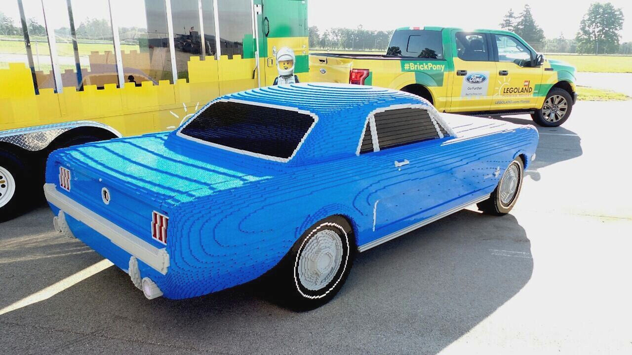 1964 Ford Mustang Lego