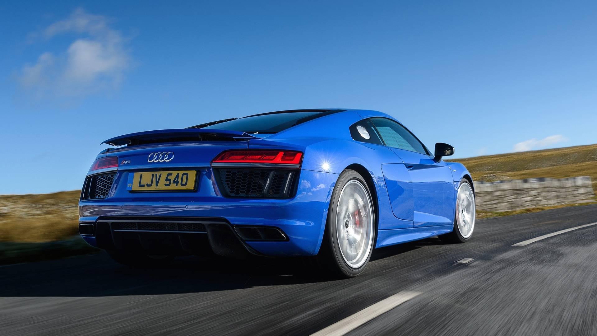Audi S Tail Happy R8 V10 Rws Visits Jay Leno S Garage