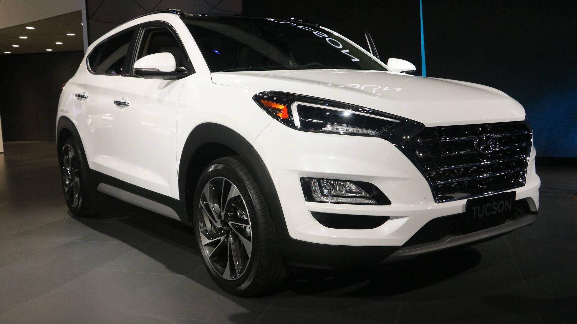Hyundai Tucson Arrives With Major Styling Updates New Tech - Car show tucson today