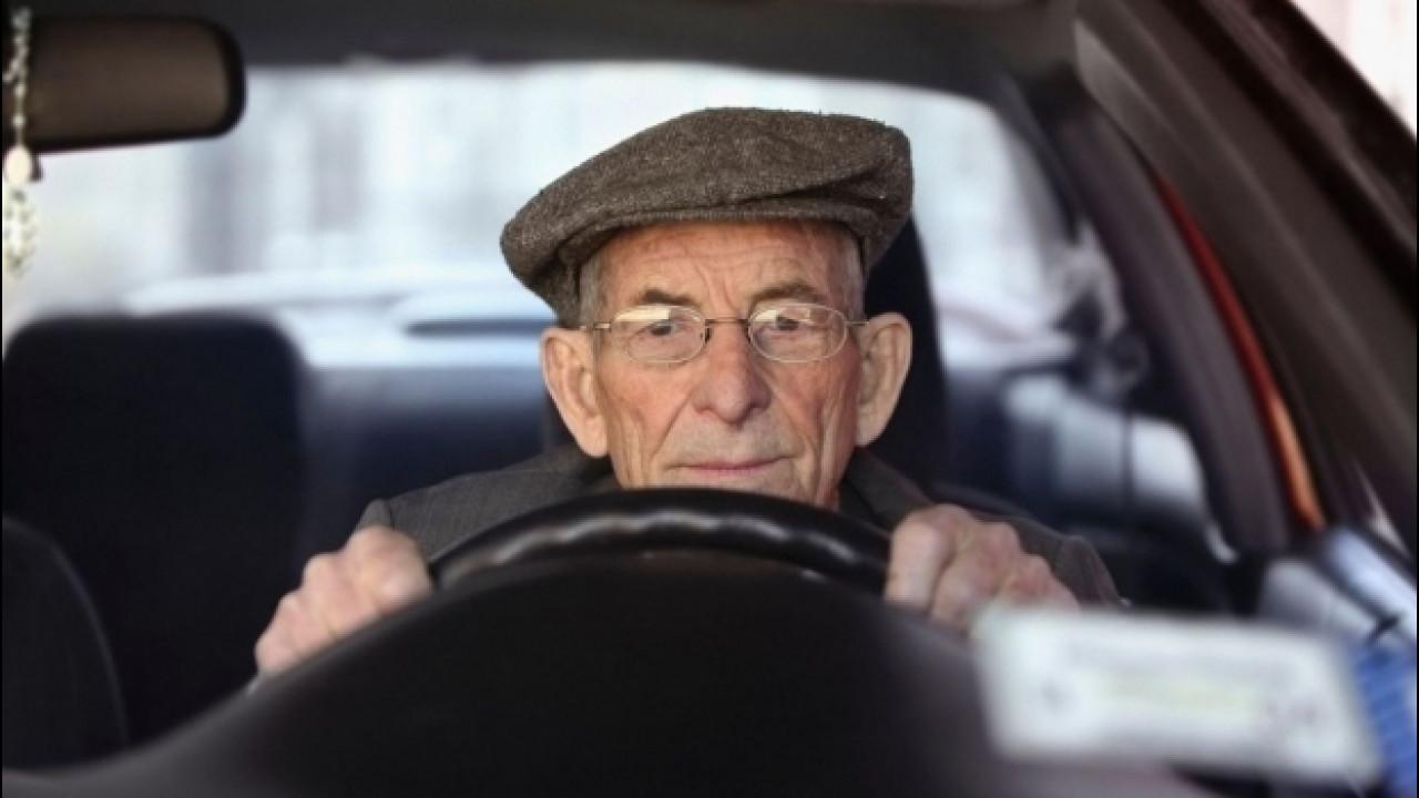 [Copertina] - Sicurezza stradale, gli uomini battono le donne