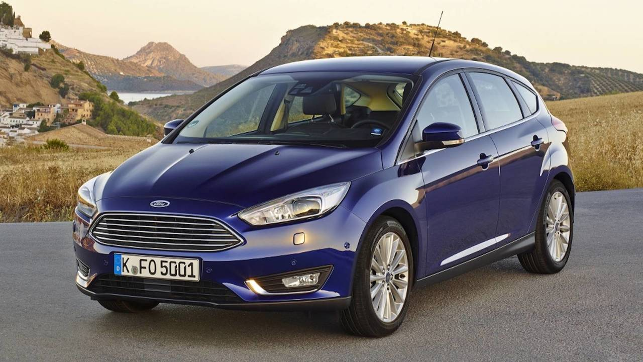 The Ford Focus A Look Through Compact Cars History Engine 2000 Rs First Generation 02 2002 Restyling 2014
