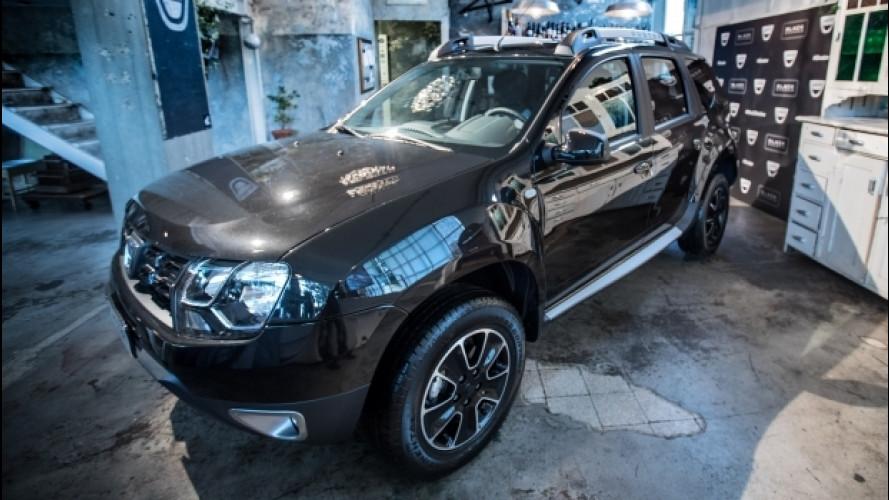 Dacia Duster, il SUV si tinge di nero