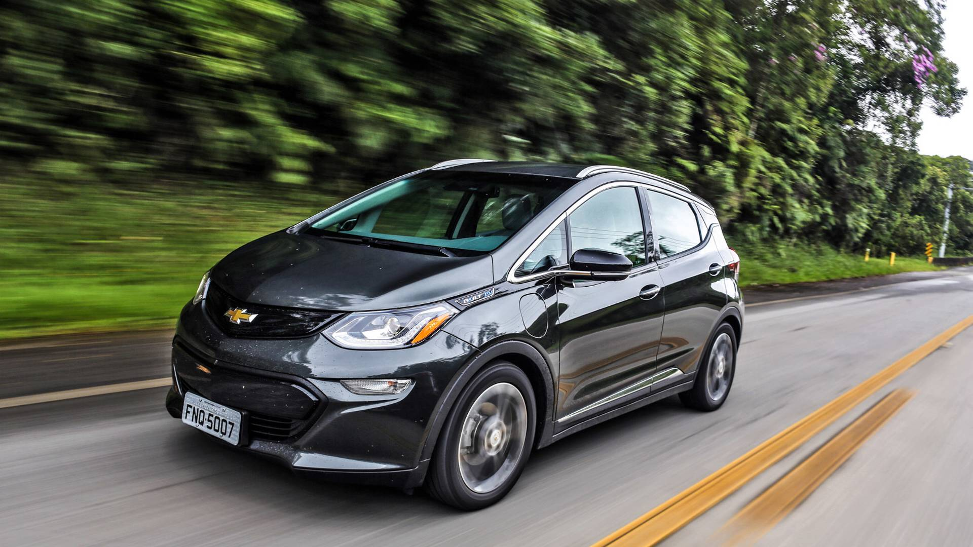 Chevrolet anuncia Bolt à venda no Brasil a partir de outubro
