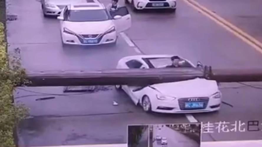 Audi A3'ün A sütunu hayat kurtardı