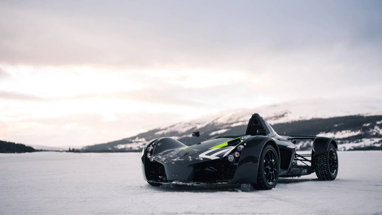 BAC Mono winter driving experience