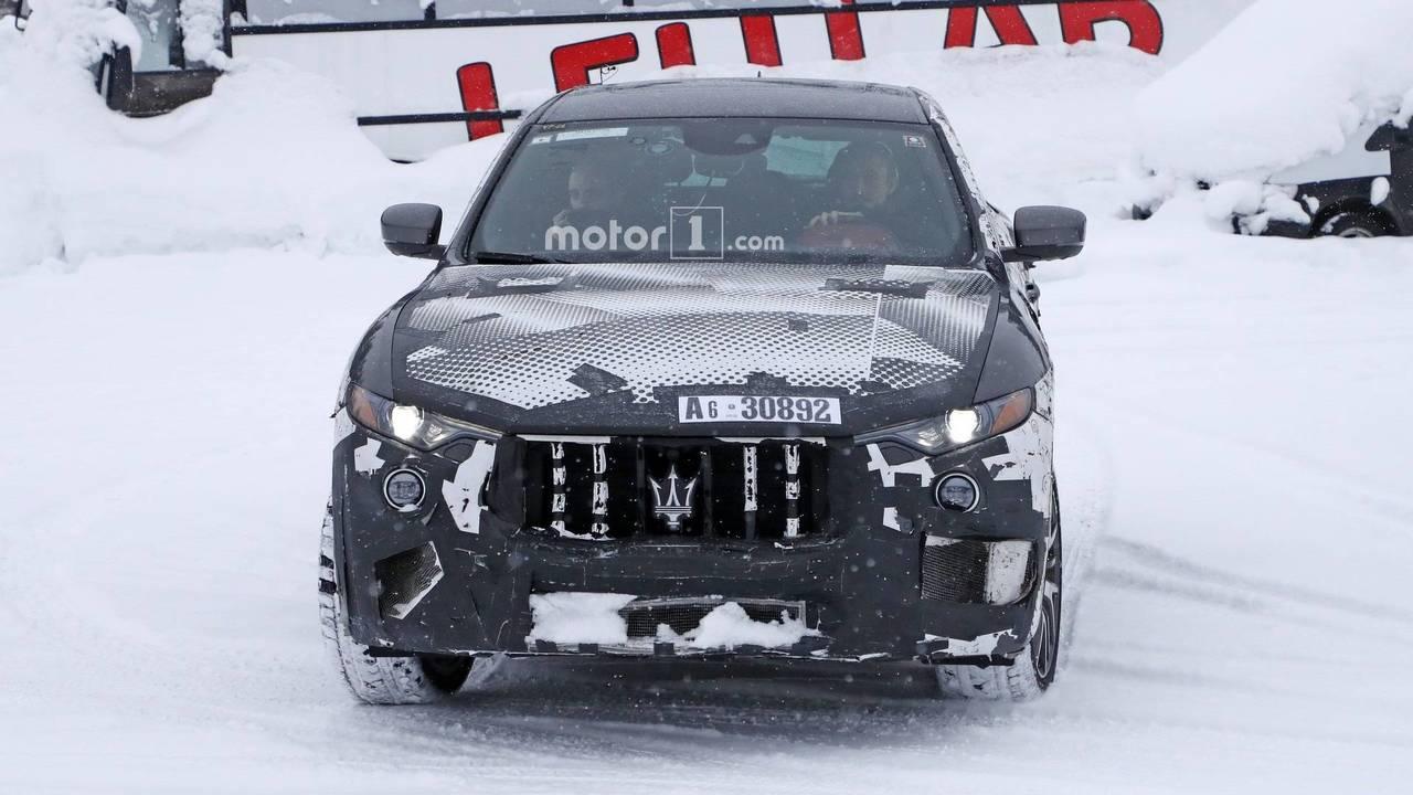 Maserati Levante GTS 2018 nuevas fotos espía