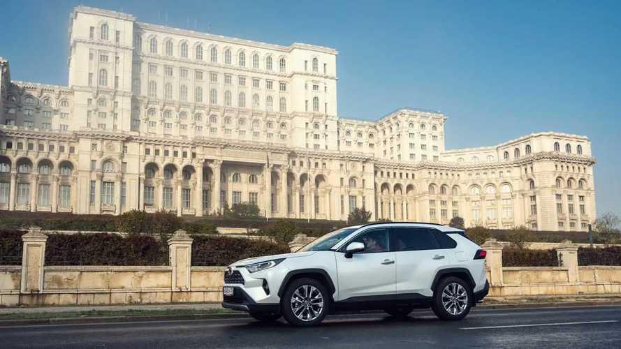 Toyota RAV4 - первый российский тест-драйв