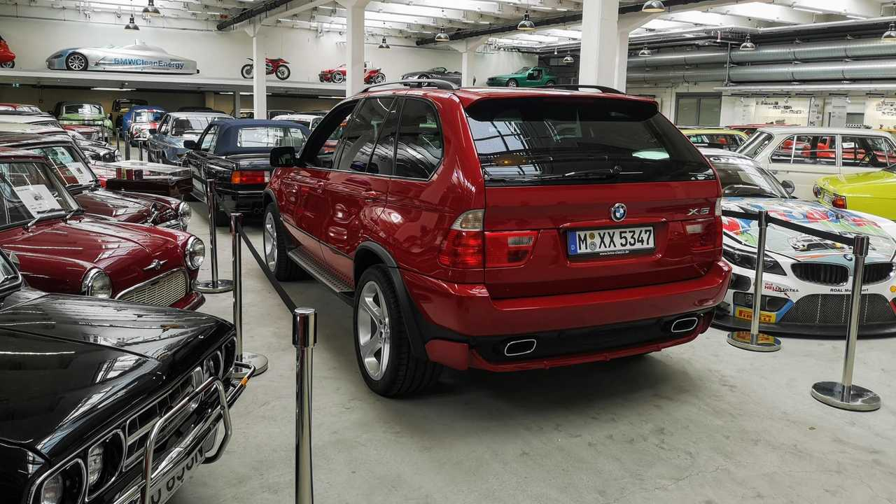 BMW X5 4.6iS (2002)