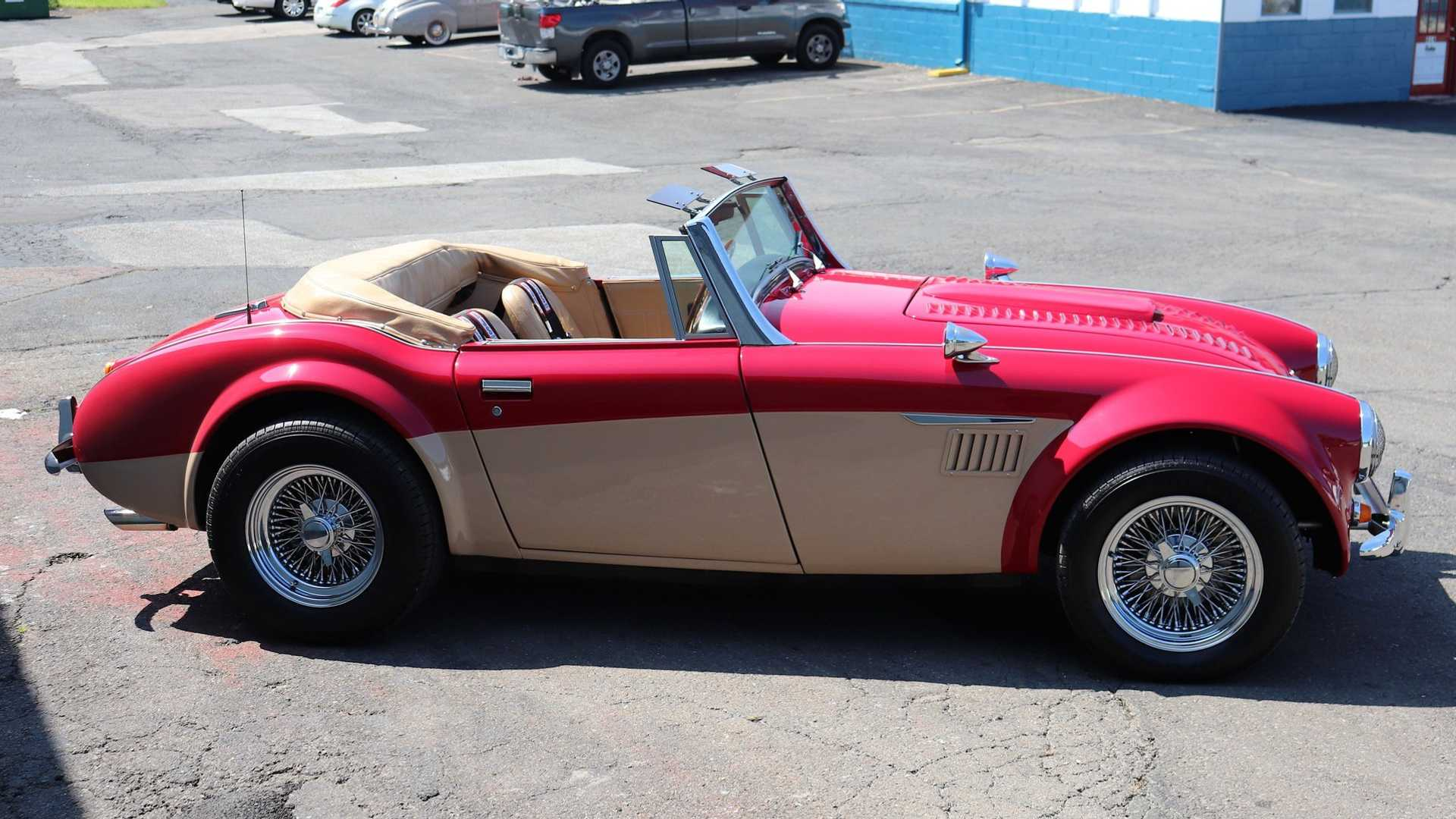 "[""Austin-Healey 3000 Replica Is Rocking British Style With American Muscle""]"