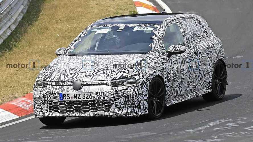 Volkswagen Golf 8 GTI, gli ultimi test al Nurburgring