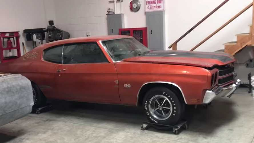 Video: 1970 Chevelle SS 454 Barn Find WIth Rare Paint Discovered