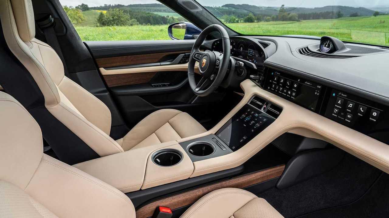 Ja Dirigimos Porsche Taycan Turbo S Promove Choque De Cultura