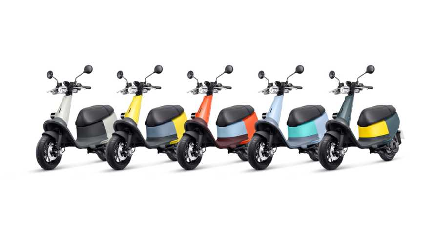 Gogoro Introduces Tiny, Ultra-Lightweight Viva Scooter