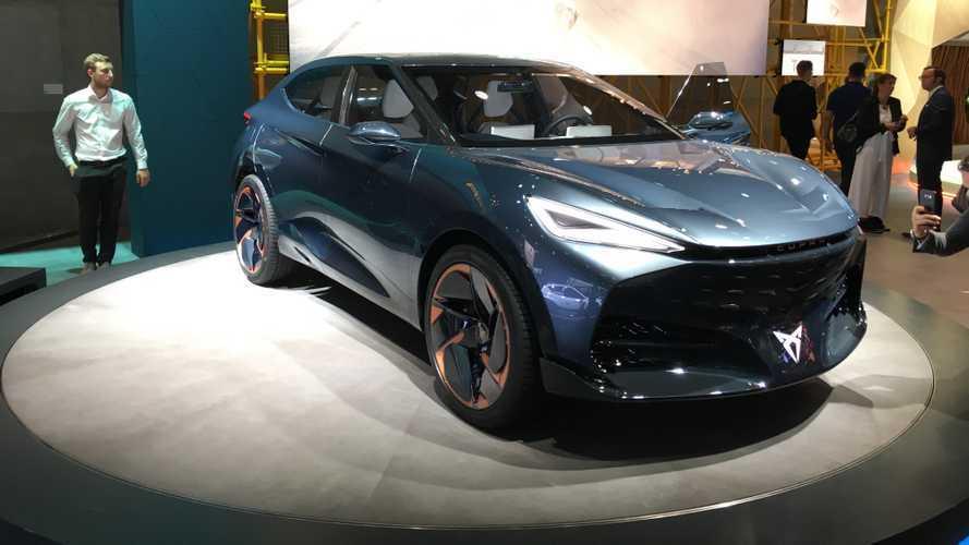 Primo do Volkswagen ID.5, SUV cupê elétrico da SEAT estreia em 2024