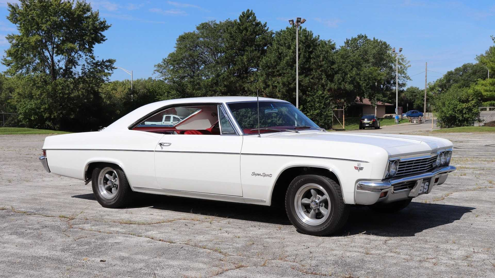 "[""Collector's Well-Kept 1966 Chevy Impala SS Up For Grabs""]"