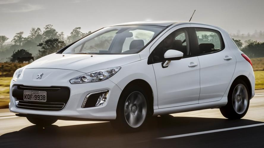 Peugeot 308 e 408 são convocados no Brasil por risco de incêndio