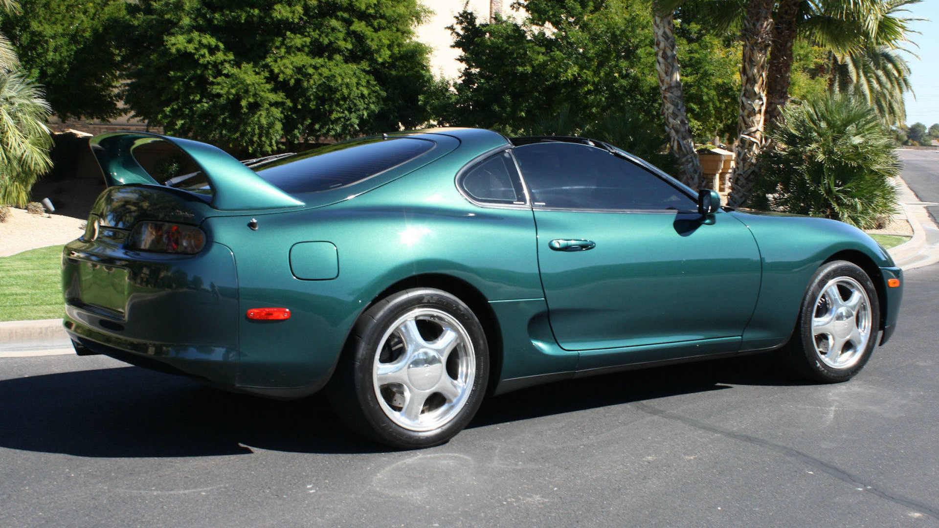Toyota Supra Vs Skyline Gt R Which Would You Buy