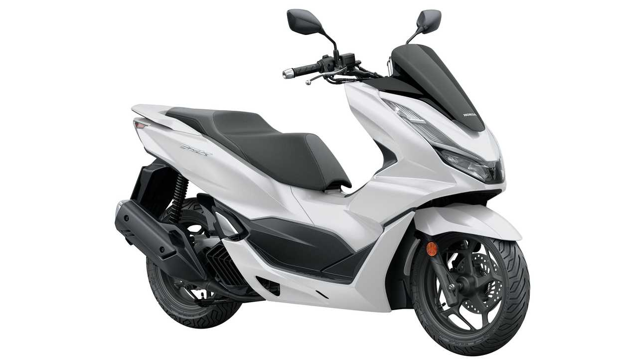 2021 Honda PCX - Right Side - Angle View
