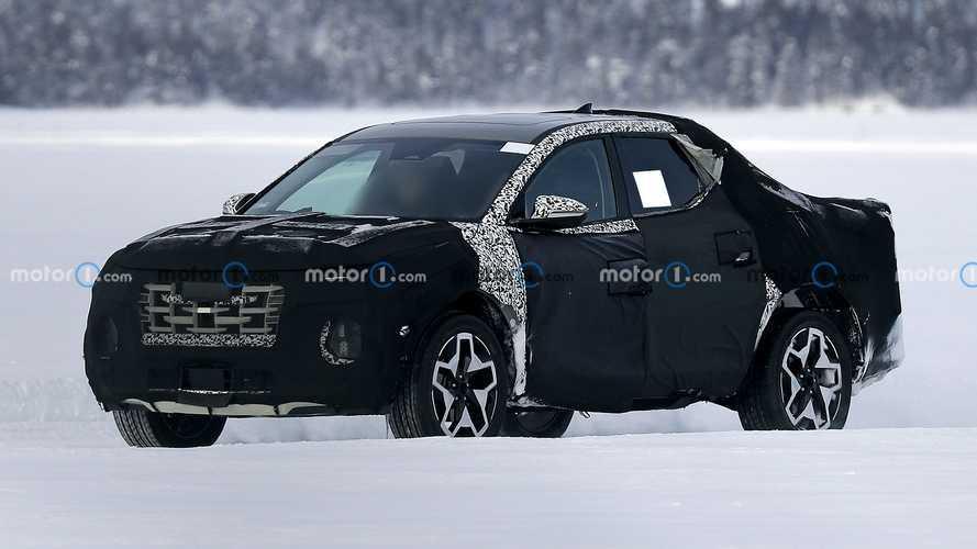 Hyundai'ın yeni pickup modeli Santa Cruz, test esnasında görüntülendi