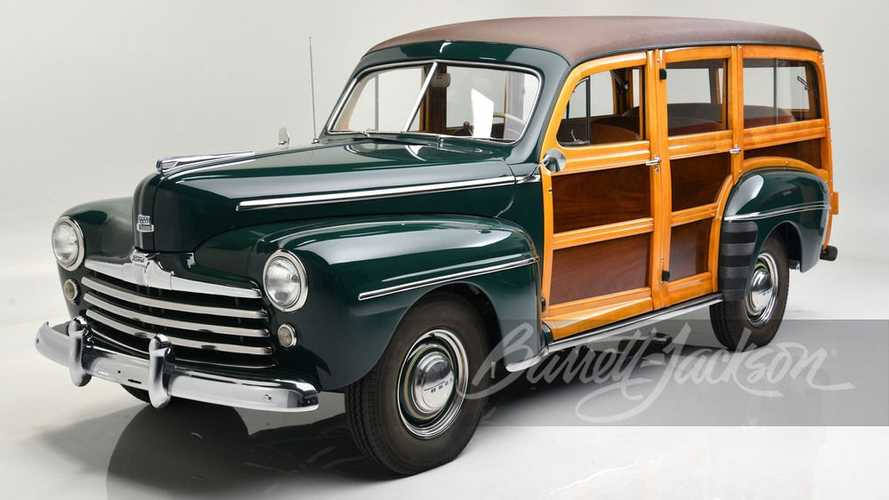 1947 Ford Super Deluxe Custom Woody Wagon