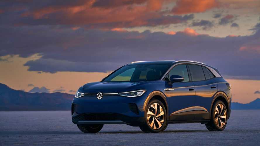 """2021'in """"Dünyada Yılın Otomobili"""" ödülünü Volkswagen ID.4 aldı!"""