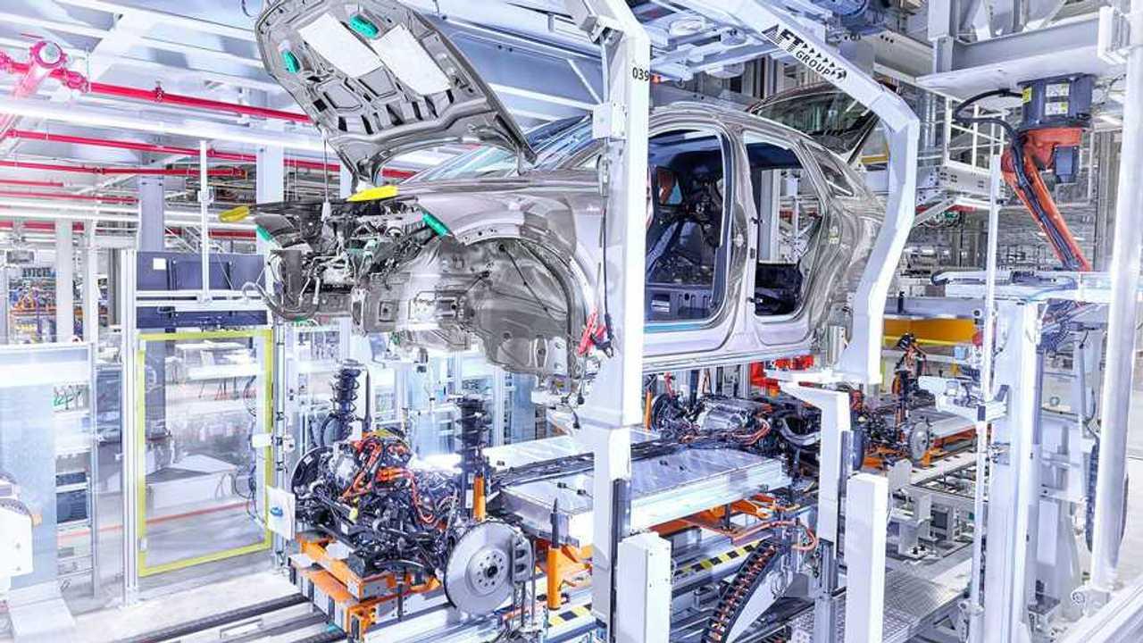 Audi Q4 e-tron üretiminden görüntüler (Volkswagen Zwickau fabrikası)