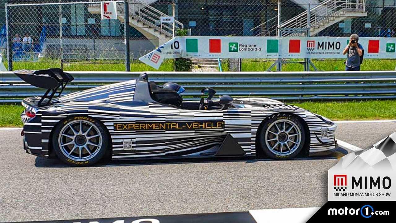 Sorpresa Dallara, la Stradale EXP gira in pista durante il MIMO 2