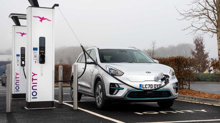 Electric car insurance prices fall in first quarter of 2021