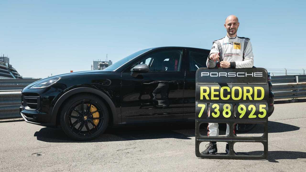 porsche cayenne nurburgring lap record teaser
