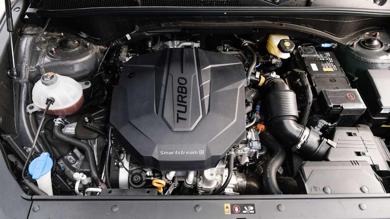 Обновленный Hyundai Santa Fe для России, дизель