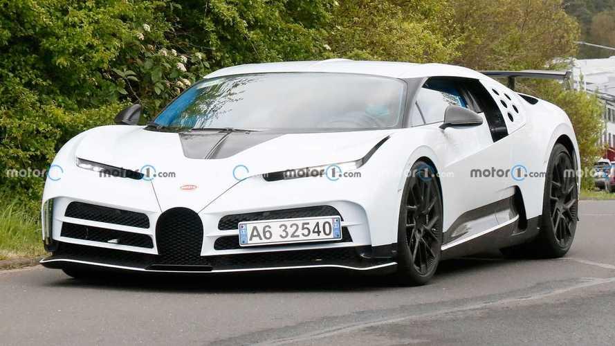 Bugatti Centodieci'nin ön koltuğunda bir maceraya çıkıyoruz