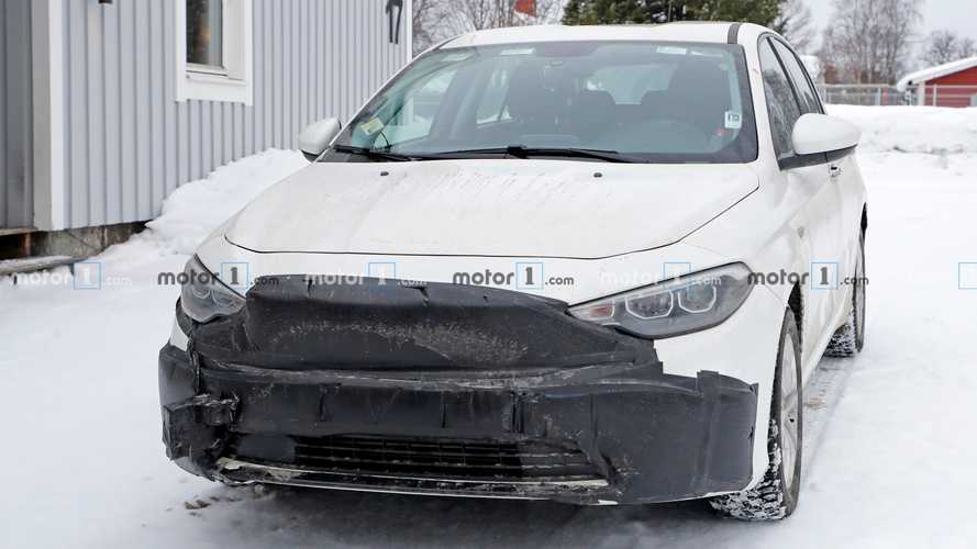 Fiat Tipo facelift spy photo